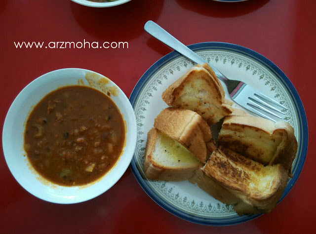 roti bakar kacang phool cheese, penang, kompleks penjaja desiran tanjung, makanan menarik di pulau pinang, menu srapan pagi,