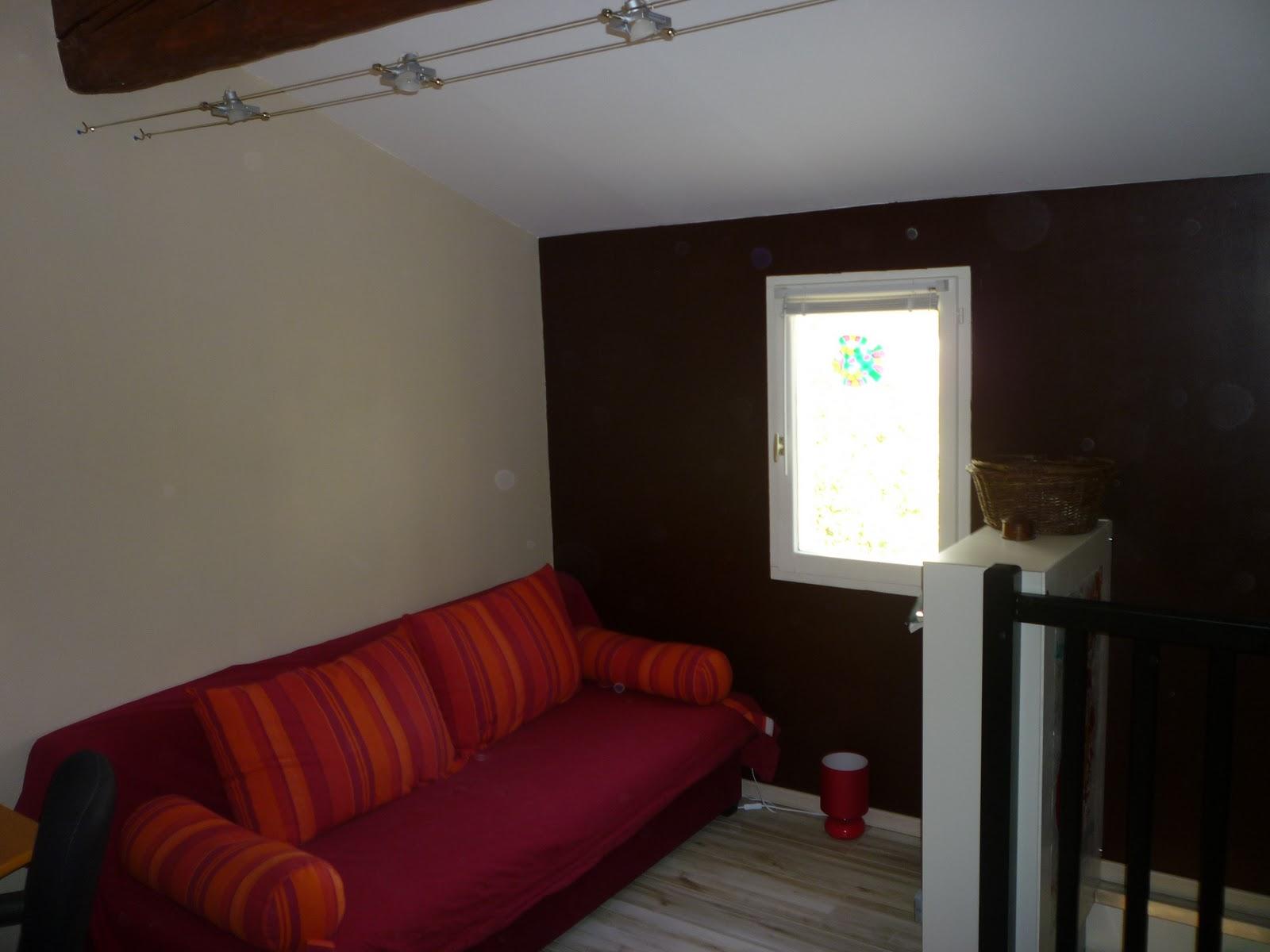 Le blog d 39 alizarine d co modification de la mezzanine for Spot pour escalier interieur
