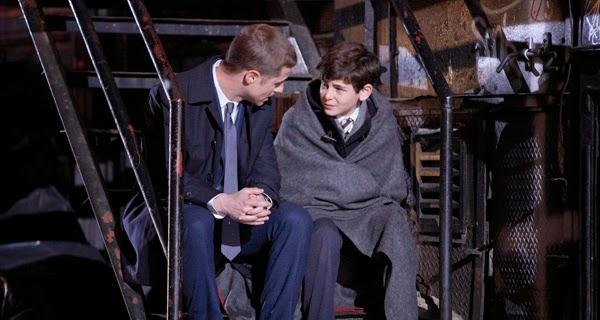 La muerte de los Wayne tiene lugar en Gotham 1x01