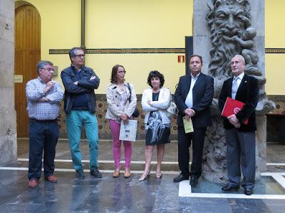 Inauguración de las XXIII Jornadas filatélicas en Gijón. Antiguo Instituto Jovellanos