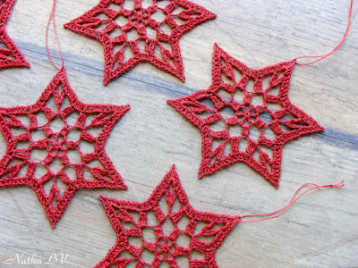 https://www.etsy.com/listing/252121534/crochet-snowflakes-christmas-stars-star?ref=shop_home_active_2