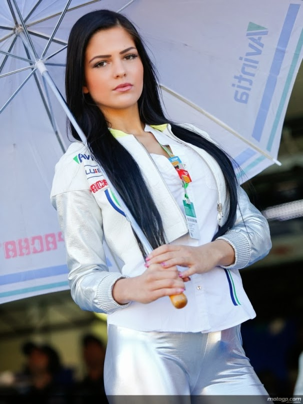 The Most Beautiful Paddock Girls of 2013' - Valencia