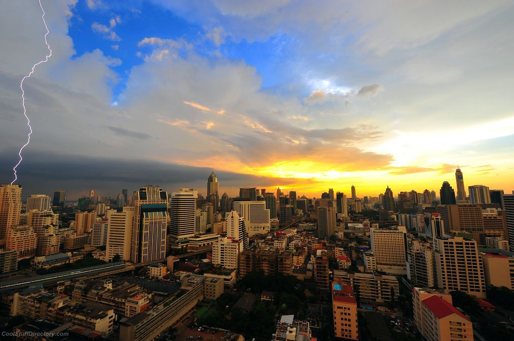18. Electric Sunset - Bangkok