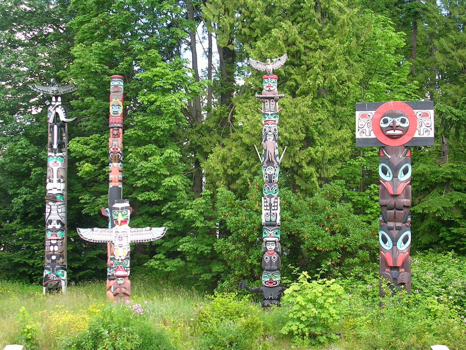 Native Americans American Indian Totem Poles