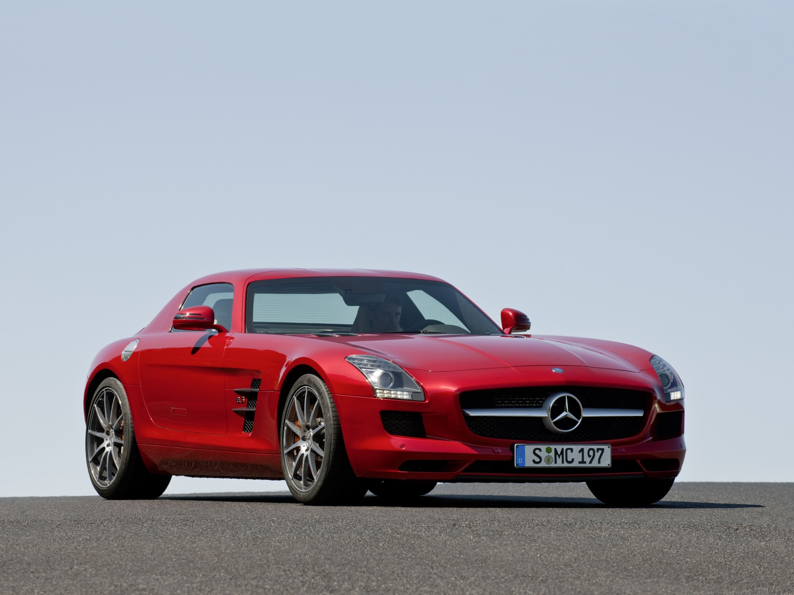 2010 mercedes benz sls amg wallpapers pictures