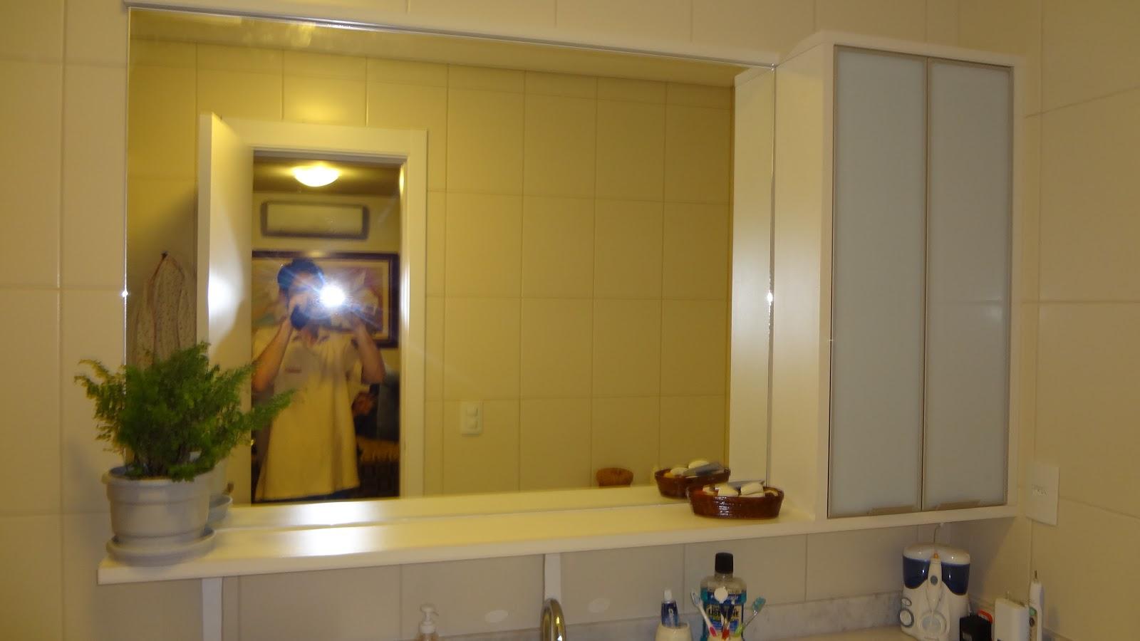 RF: Banheiros em Mdf branco com puxador perfil aluminio e portas  #A48827 1600 900