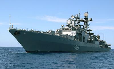 Preparação para a guerra? Rússia envia frota de navios de guerra para base na Síria