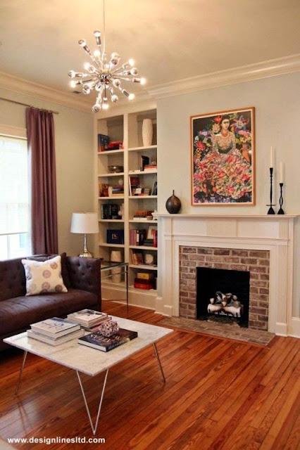Жанровая картина в гостиной