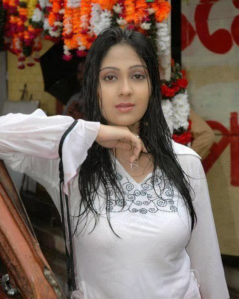 desi maal, desi girls, latest girls photos