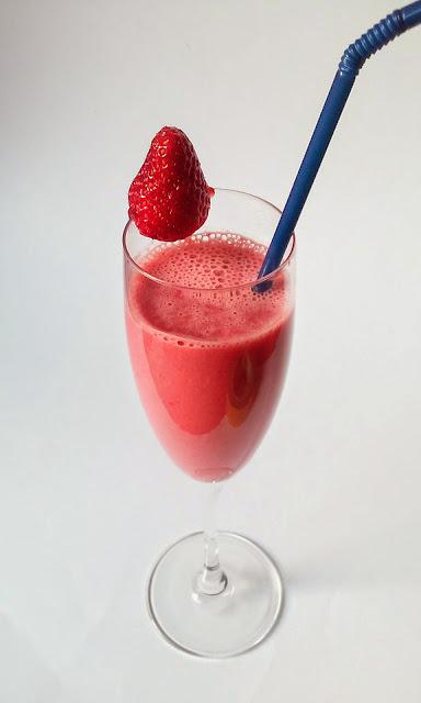 batido de fresa con yogurt