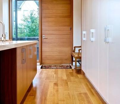 Fotos y dise os de puertas puertas de madera baratas for Puertas interiores de madera con vidrio