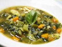 Sopa de Legumes Aromática (vegana)