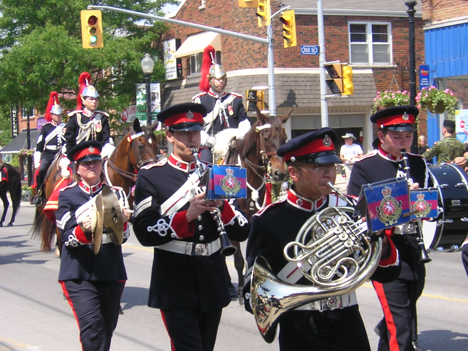 The governor general s foot guards - The Governor General S Horse Guard Band Includes Three Specialized Musical Sub Units The Fanfare Trumpeters The Brass Quintet And The Woodwind Quintet