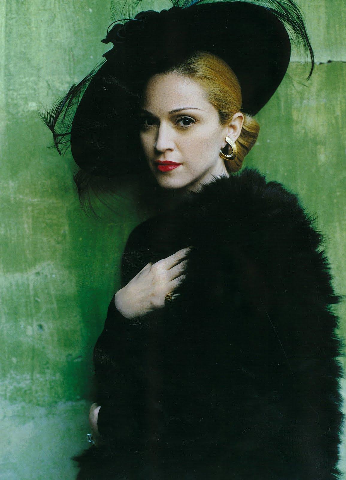 http://4.bp.blogspot.com/-2ZZYkJQ3cxc/TVwgI4aklgI/AAAAAAAAARQ/HKXuylLNpBg/s1600/Madonna3.jpg