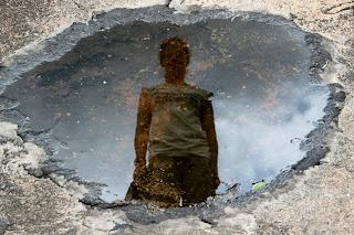 http://4.bp.blogspot.com/-2ZogeDwy7oQ/TzkRc9MiEoI/AAAAAAAAAaI/cC0gH_k_dk8/s1600/Julie_geode_universe_africa2011.jpg