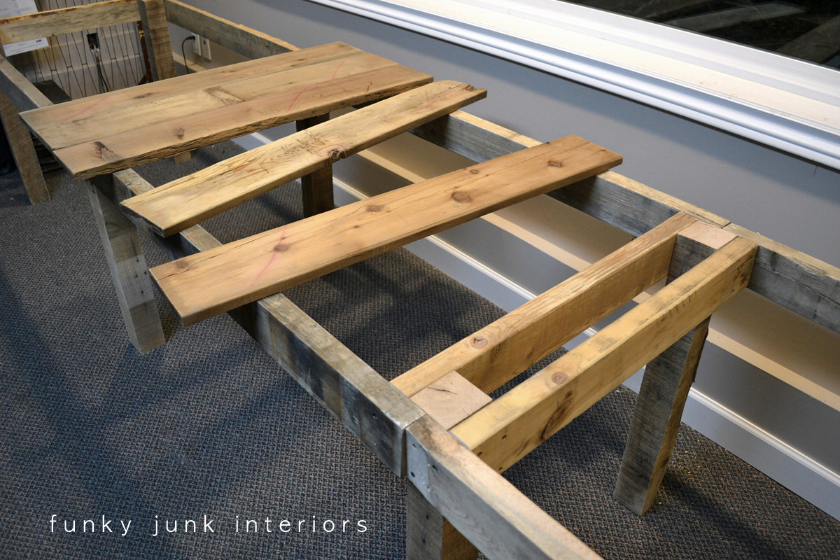 pallet farm table desk part 2 the build funky junk interiorsfunky junk interiors. Black Bedroom Furniture Sets. Home Design Ideas