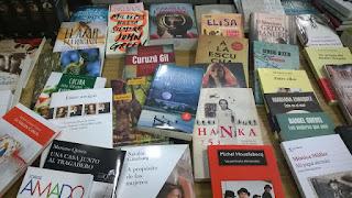 Mi libro en la Biblioteca Pablo A. Pizzurno de mi ciudad. Directo desde la Feria del Libro.