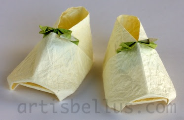 Mother's Day Origami: Baby Booties