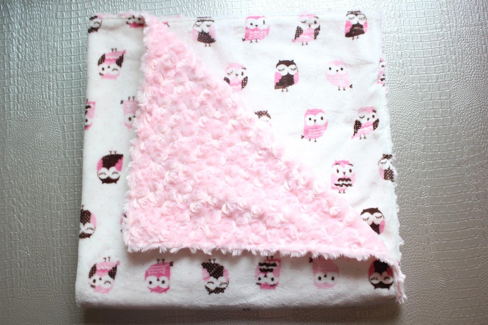 Diy s per f cil mantita para beb con tela minky sara 39 s code blog de costura diy - Como hacer mantas de punto ...