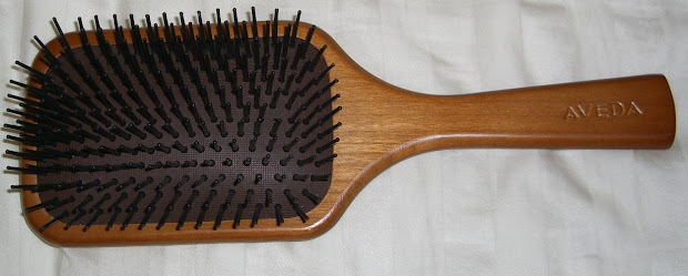 blushed wombat. aveda paddle