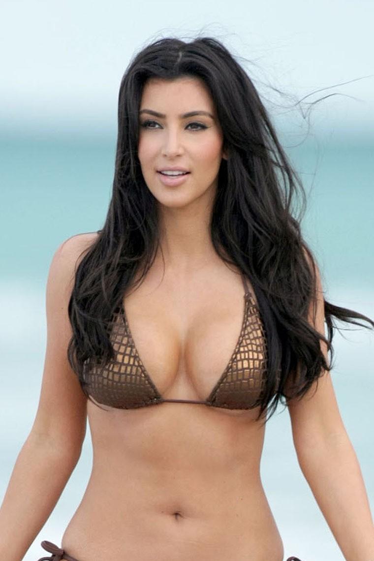 Kim Kardashian Latest Hot Pics