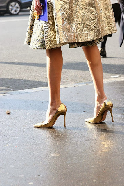 Street style gold 06