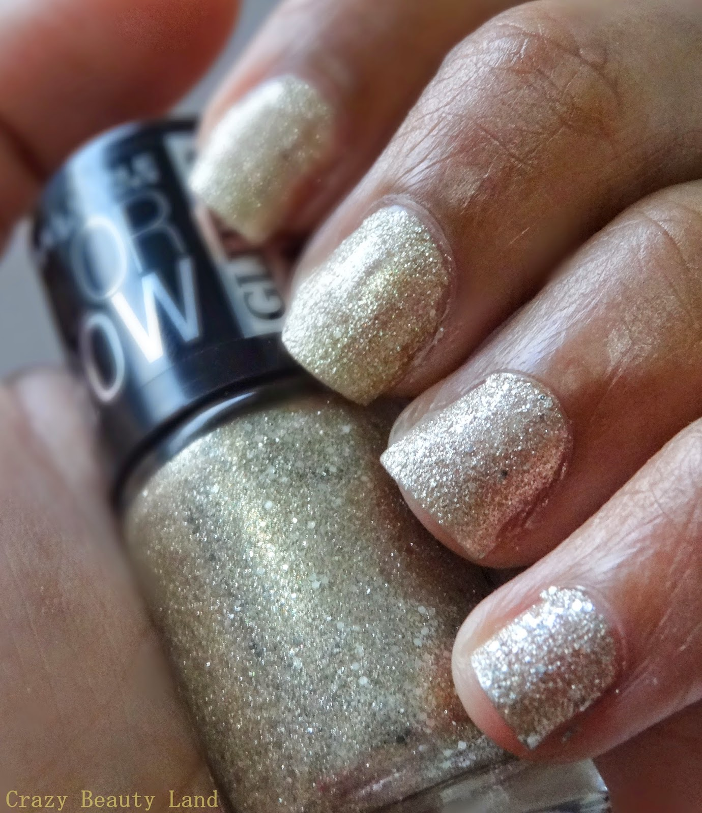 Maybelline Color Show Glitter Mania All That Glitters Review NOTD