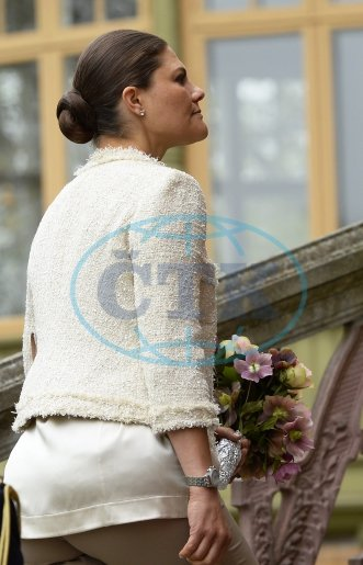 Crown Princess Victoria of Sweden attended the annual meeting of the Friends of Nordiska Museet and Skansen on May 5, 2014 in Stockholm, Sweden.