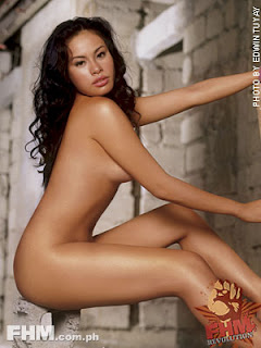 Aleck Bovick Sexy Filipino Actress Sexy Photo In June 2004 FHM 1