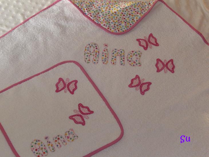 Baño De Ninos Medidas: para una niña con su toallita a juegoMedidas de la capa de baño