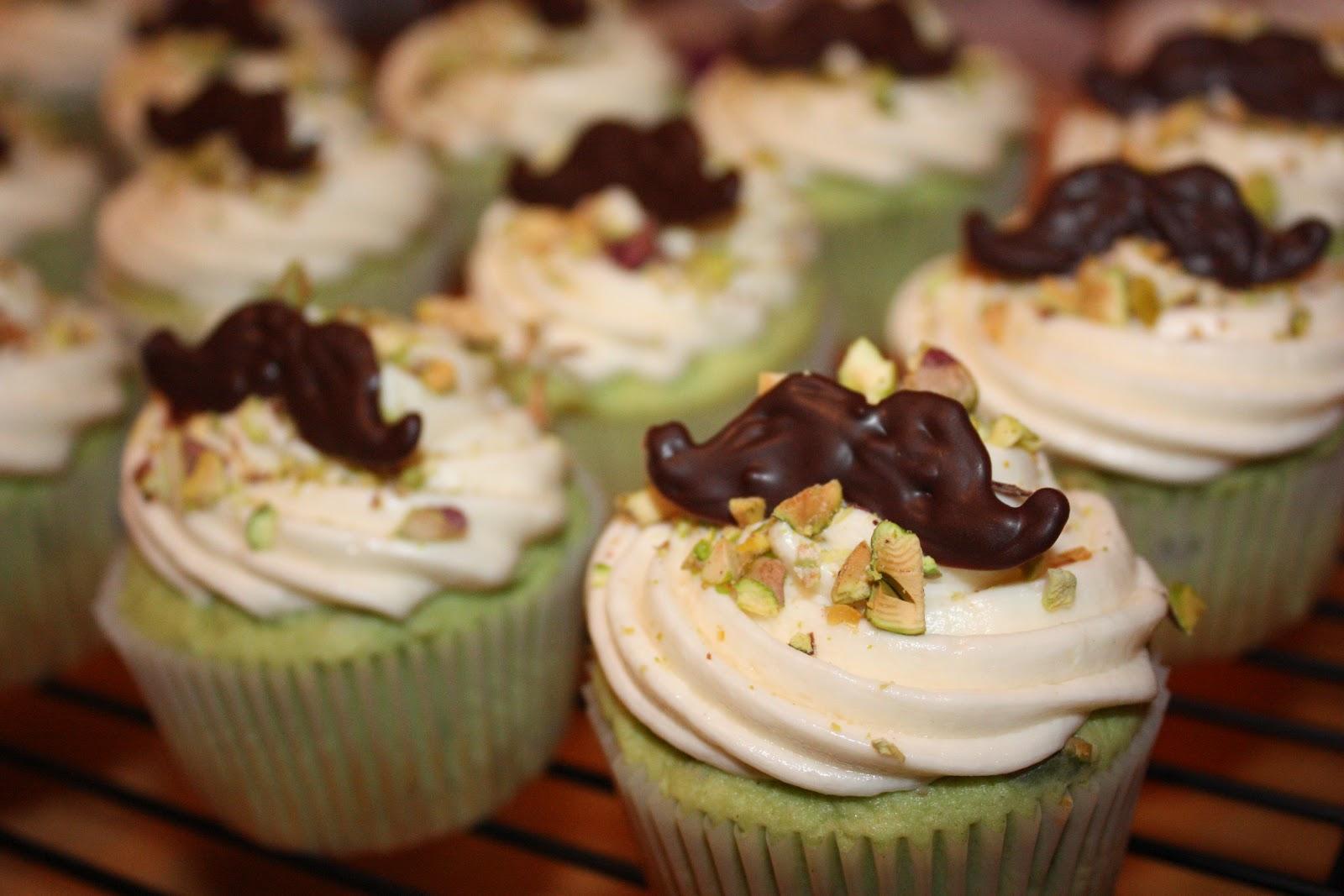 Sugar & Spice: Mustachio Pistachio Cupcakes