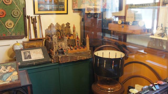 visit Pollocks Toy Museum