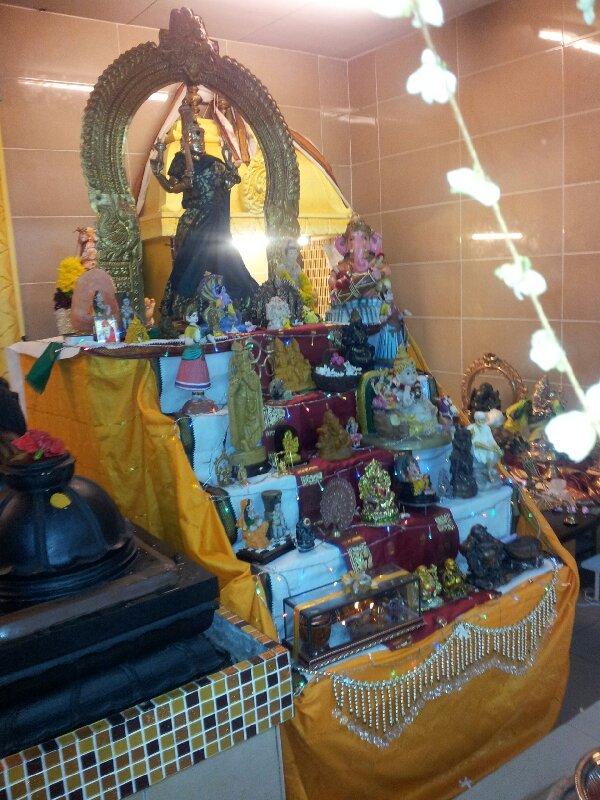 Malaysian Temples: Sri Siva Durgai Amman Temple, Taman