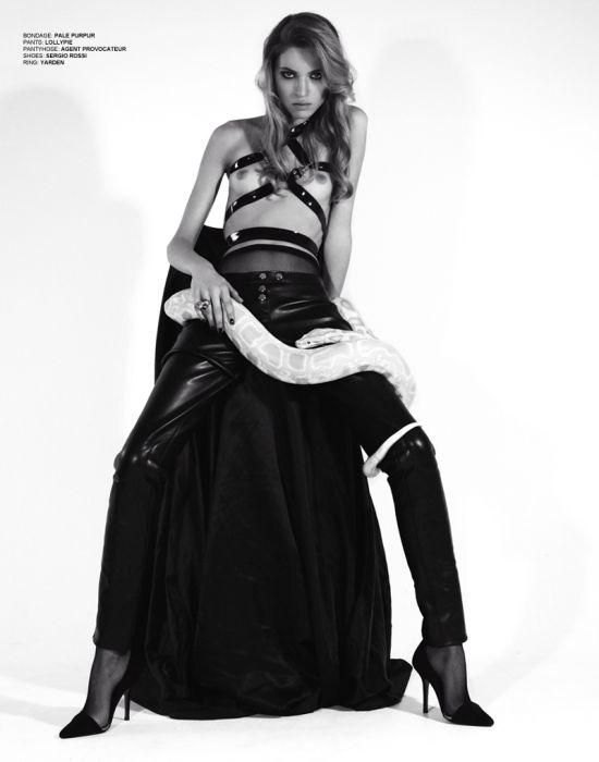 The Knowing modelos Inna Smolina e Misha Ka By Nicole Demeshik For Hellion Magazine Summer 2012