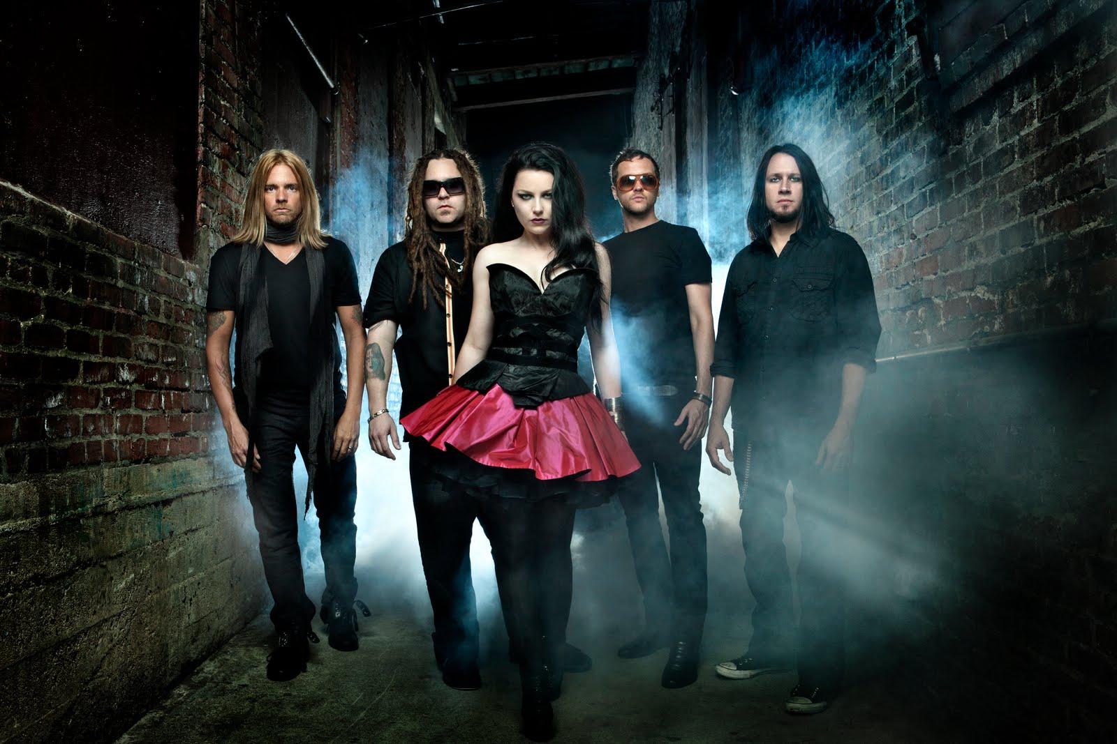 http://4.bp.blogspot.com/-2bJFghgCtaM/TyLBXRbTu0I/AAAAAAAAGNE/owjEH5R_KMA/s1600/Evanescence+2011.jpg