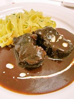 牛肉の赤ワイン煮 Boeuf Bourguignon