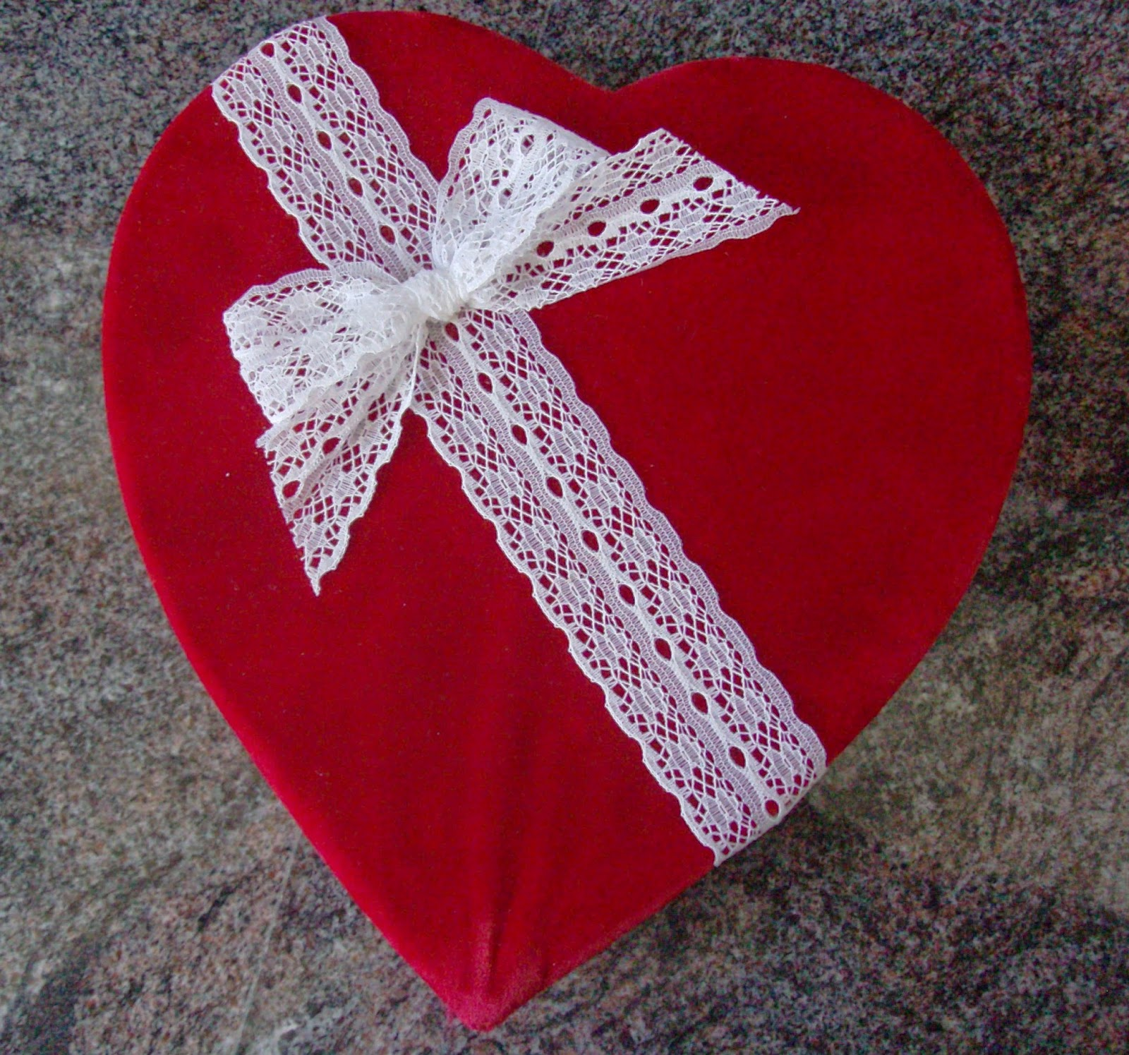 heart shaped chocolate box, Valentines, tj's green adventure