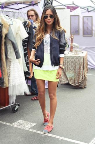 As alpargatas da Chanel tem se tornado um acessório cada vez mais indispensável nos pés das blogueiras e it,girls.