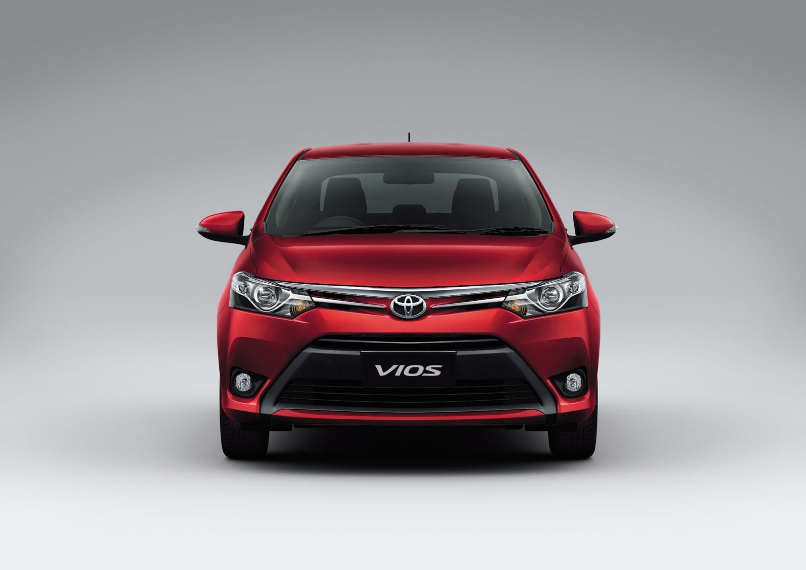 novo Toyota Vios 2014 dianteira