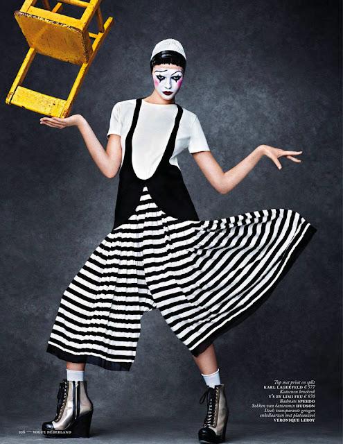 Mina nackt Cvetkovic Model Mina