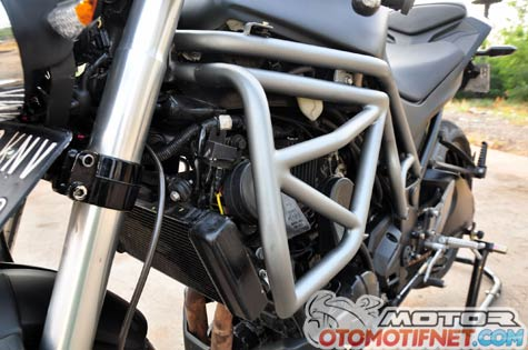 Modifikasi Kawasaki Z250