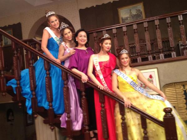 Four Sisters And A Wedding Movie Poster And BTS Photos