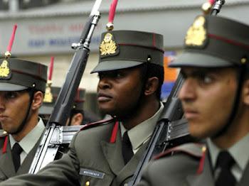 11 ΛΑΘΡΟΟΡΚ ΣΤΟΥΣ ΠΡΩΤΟΕΤΕΙΣ ΤΗΣ ΣΧΟΛΗΣ ΕΥΕΛΠΙΔΩΝ!ΚΑΙ ΑΛΒΑΝΟΙ!ΛΙΒΑΝΙΣΤΕ ΑΚΟΜΑ ΤΟΥΣ ΑΠΟΣΤΡΑΤΟΥΣ...