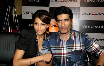Bipasha Basu and Manish Malhotra at Vero Moda model auditions_Filmy Fun