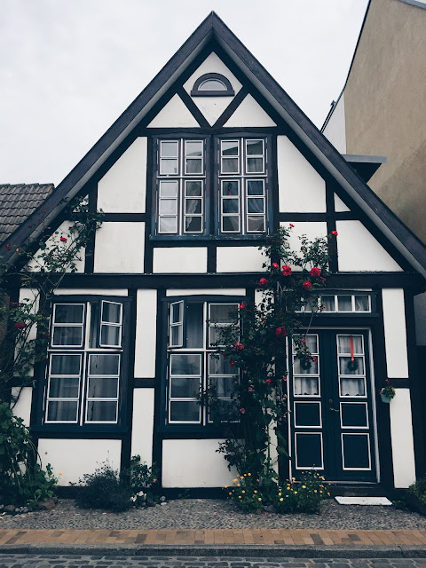 warnemunde-architecture