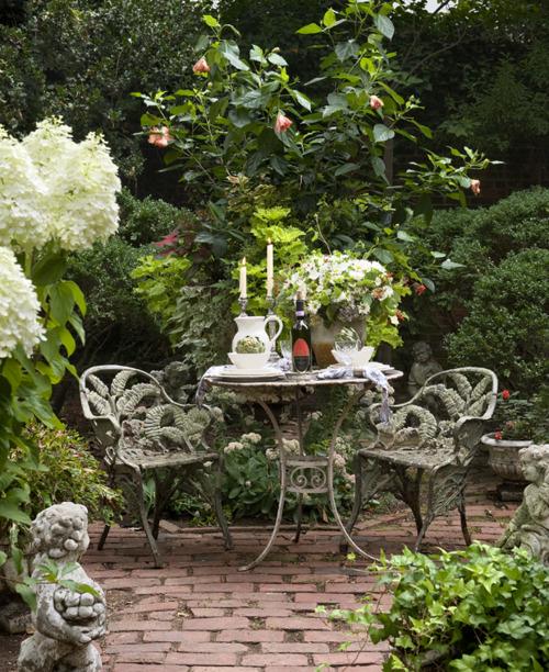 Pic nic in the garden un giardino da sogno for Piccoli giardini da sogno