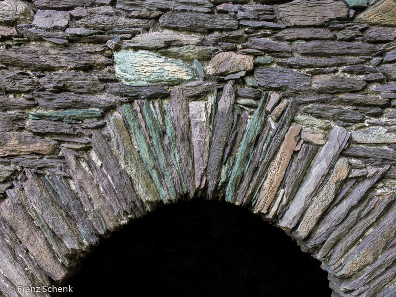 Colourful stonework at Ballicarbery Castle, Caherciveen