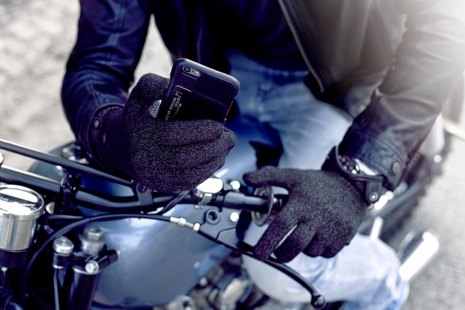 stylish gloves for touchscreens