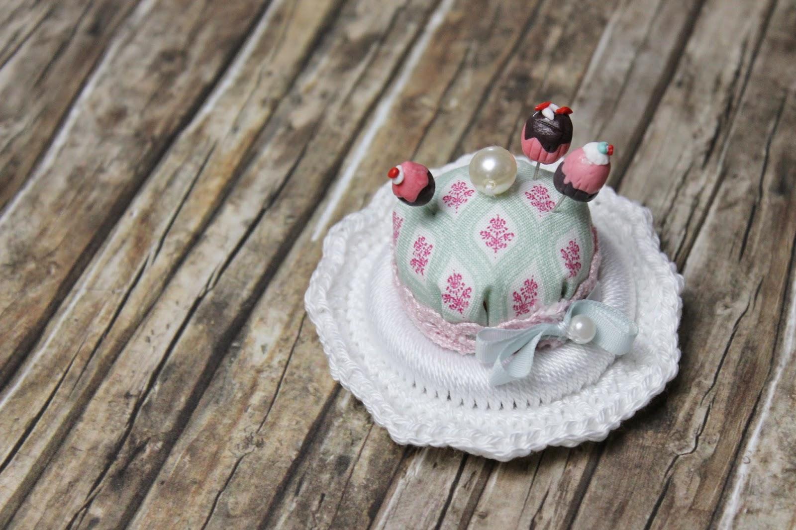 DIY Stecknadeln Muffins und Cupcakes