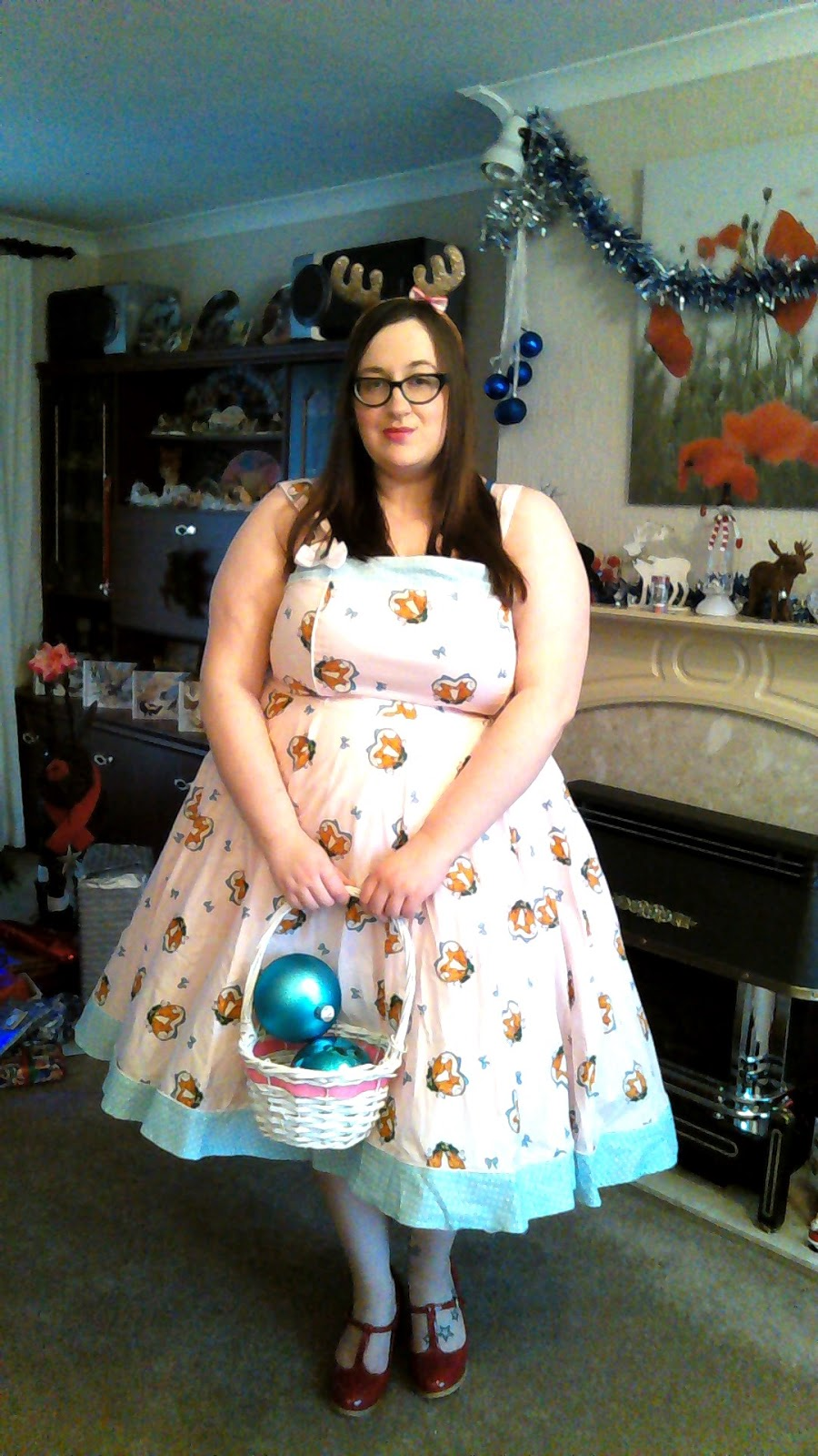 Days Of Christmas Dresses  Does My Blog Make Me Look Fat
